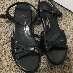 SAS sandals ~like New~ Size 8